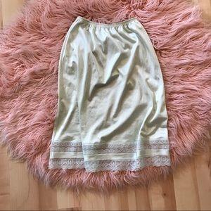 Pale Green Vintage Vanity Fair Lingerie Skirt/Slip